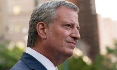 Mayor Bill De Blasio | Crowd Drowns NYC Mayor De Blasio with Boos and Calls to Resign at Floyd Memorial | Featured