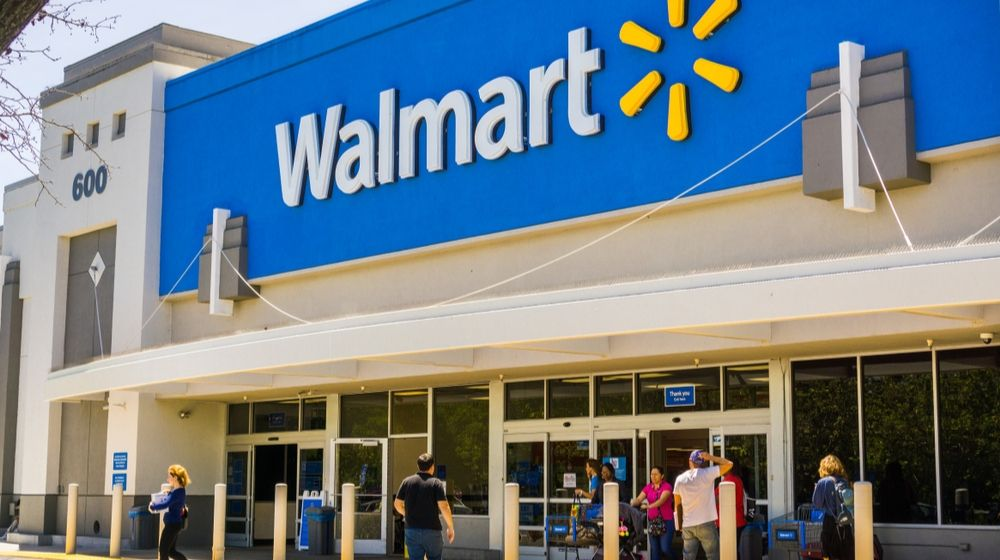 People Going In and Coming Out of a Walmart Store | Walmart Succeeds in Online Grocery Services, Report Shows | Featured