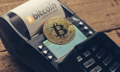 Customer pays by bitcoin to pay a bill at the cafe-Bitcoin Can Go Up-ss-featured