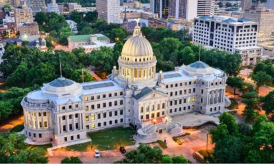 Jackson, Mississippi, USA skyline over the Capitol Building-Ban Biological Men-ss-featured