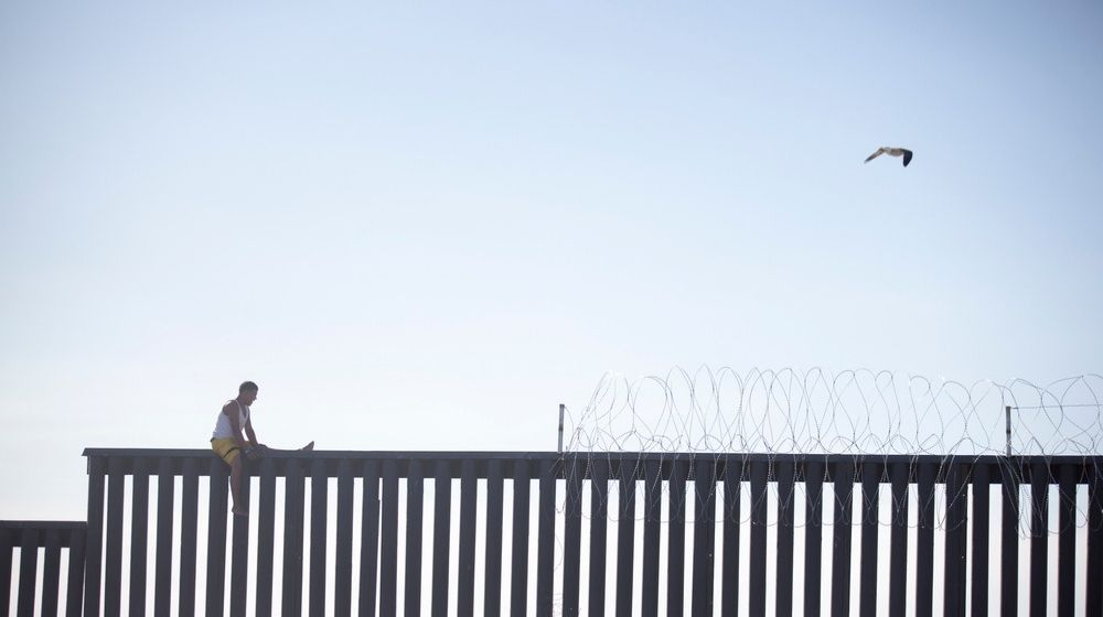 While Biden Ignores The Migrant Crisis, Abbott Begins Texas Border Wall Project -ss-Featured