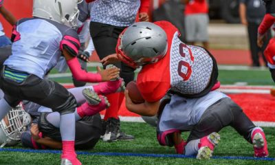 Little kids playing tackle football | Favre Says Kids Shouldn't Play Tackle Football Until Age 14 | featured