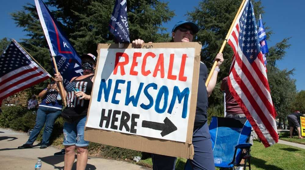 Crooked Gov. Newsom Fights for his Political Life as Recall Nears-ss-Featured